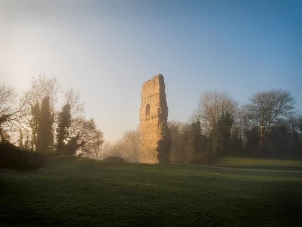 2018-19-print-rnd3-DAWN AT BRAMBER CASTLE by Stephen Yates